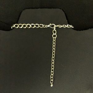 Jewelry - Gold Tone Adjustable Necklace and Stretch Braclet